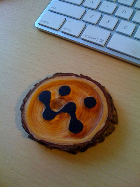 37signals logo in wood