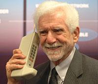 old_cellphone.jpg